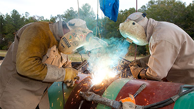 keystone-xl-construction-welding-400x225.jpg